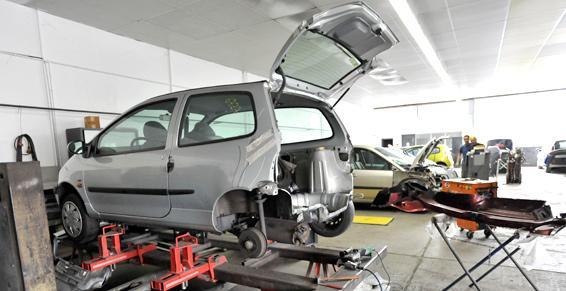 SAS JC BERNARDI - Vente de véhicules neufs et occasions récentes à BELLEGARDE-SUR-VALSERINE (12)